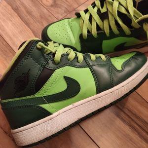 Fixer up sneakers. Jordan 1 mids